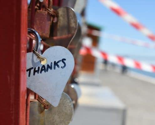silver-colored-heart-lock-bridge-883466