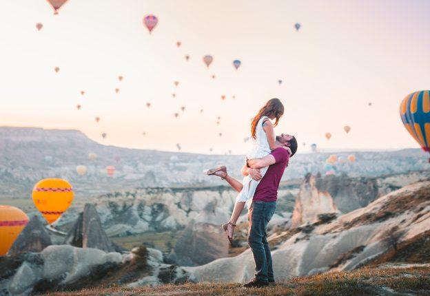 Couple uplifting